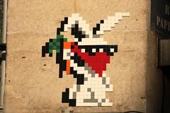 Paris 9ème (PA_1329) (Meteorry) Tags: europe france idf îledefrance paris spaceinvader spaceinvaders invader invaderwashere tiles carrelage carreaux mur wall street rue art artderue pixels pa1329 carrot carotte veggie veggietown vegetarian mosaïques ruedeparadis ruebleue ruepapillon rabbit lapin april 2018 meteorry paris9earrondissement
