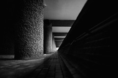 I . Γ . ΓΓ . ΓΓΓ . IIIII . / . 三 (Panda1339) Tags: london ldn architecture streetphotography barbican geometry monochrome uk light lowangle plasticcup shape lines shadow 3x