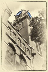 Arminiuskerk Softlight (myphotomailbox) Tags: rotterdam netherlands muzeumpark outdoor kerk toren klok building sky tree window sign architecture city reloj saat گھنٹا jam soittokello 時計 klukka harang