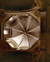 Conques (Aveyron) (Cletus Awreetus) Tags: france massifcentral aveyron conques architecture abbatiale église artroman transept croisée voûte rouergue