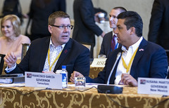 Saskatchewan Premier/premier ministre de la Saskatchewan Scott Moe with/avec Francisco García, Governor of/gouverneur de Tamaulipas