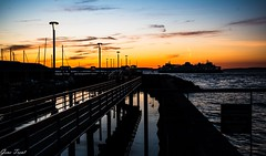 Edmonds sunset-1009952 (Gene Trent) Tags: ferry wastateferry edmondswa dock seawall pugetsound