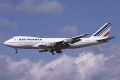 F-BPVA Heathrow 20-4-1986 (Plane Buddy) Tags: fbpva boeing 747 100 airfrance lhr heathrow