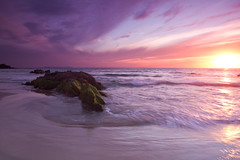 Coucher de soleil (jaocana76) Tags: tarifa sunset atardecer puestadesol campodeghibraltar estrechodegibraltar straitsofgibraltar ocaso playa beach mar sea ocean oceano atlantic atlantico cadiz españa spain sky cielo nubes clouds cloudy nuboso canoneos7d canon1635 jaocana76