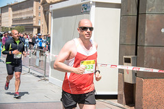2018-05-13 11.50.37 (Atrapa tu foto) Tags: 2018 españa saragossa spain zaragoza aragon carrera city ciudad corredores gente maraton people race runners running es
