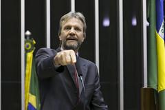 Deputado Pedro Uczai (PT-PR) (PTnaCâmara) Tags: pt câmaradosdeputados uczai paraná pedro tribuna pleanário câmara dos deputados
