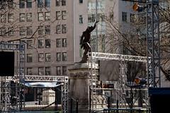 19th Century American Ninja! Indianapolis, Indiana (Roger Gerbig) Tags: americanninjawarrior indianapolis indiana monumentcircle rogergerbig canoneos5dmarkii canonef24105f4