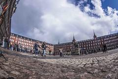 IMGP0247 (petercan2008) Tags: plaza square mayor madrid arquitectura gente pasear nubes cielo estatua ecuestre felipe rey