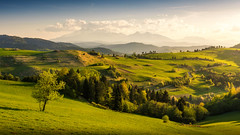 Pieniny (slukmiroslav) Tags: slovakia park sunrise sunset sun europe sundown blue trees beauty clouds cloudy sky landscape mountain mountains tatry tatras snow spring flower