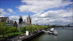 Blick von der Deutzer Brücke in Köln (klausi56) Tags: fluss river rhine rhein köln cologne stadt town schiff ship brücke bridge dom häuser houses himmel sky