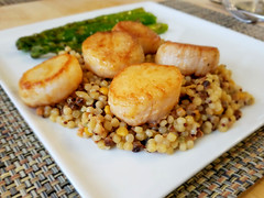Lacquered Scallops, with Asparagus and Harvest Grains (Tom Ipri) Tags: scallops asparagus diningin philadelphia pennsylvania unitedstates us