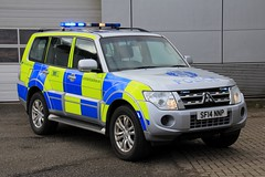 Police Scotland Mitsubishi Shogun Roads Policing Unit Traffic Car (PFB-999) Tags: police scotland ps mitsubishi shogun 4x4 roads policing unit rpu traffic car vehicle lightbar grilles fendoffs leds sf14nnp