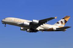 Etihad Airways  Airbus A380-861 A6-APJ (widebodies) Tags: london heathrow lhr egll widebody widebodies plane aircraft flughafen airport flugzeug flugzeugbilder etihad airways airbus a380861 a6apj