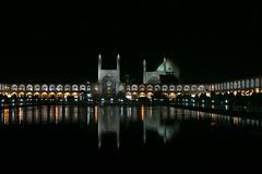 Naqsh-e Jahan Square (Roelie Wilms) Tags: naqshejahansquare میداننقشجهان shah mosque shahmosque sheikhlotfallahmosque ālīqāpū isfahan isfahān esfahan iran persia