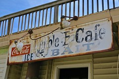 Double E Cafe, Williamsburg, OH (Robby Virus) Tags: williamsburg ohio oh doublee cafe sign signage bar dive local cocacola soft drink coke tavern pub bait