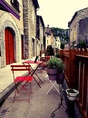Le village de Vogüé (Région Rhône-Alpes, Ardèche, France) (bobroy20) Tags: ardèche vogüé village terrasse tourisme france