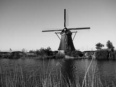 Kinderdijk (amsterdameric) Tags: kinderdijk traveleurope holland molens travelholland windmolens flickrtravelaward