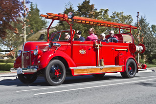 Ford V-8 Fire Truck 1952 (7821)