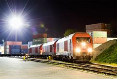 Trio (Nikis182) Tags: nikis182 2016037 bratislava úns ústredná nákladná stanica slovensko slovakia siemens diesel locomotive hercules 2016 obb railway railroad train night photo long exposure