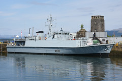 HMS Grimsby - Greenock - 19-05-18 (MarkP51) Tags: hmsgrimsby jameswattdock greenock firthofclyde scotland royalnavy minesweeper ship boat vessel maritimephotography sunshine sunny nikon d7100 d7200