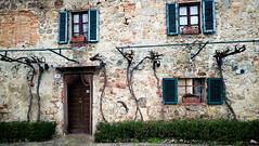 Monteriggioni (MelindaChan ^..^) Tags: toscana italy 意大利 托斯卡尼 monteriggioni chanmelmel mel melinda melindachan heritage history life architecture old castle hertage