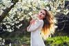 Ania (Pablo Cañas) Tags: model modeling modelingfashion fashion ania belleza beautiful flores primavera forest woman flowers white