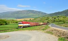 753.109-8 (Patrik_Hriň) Tags: outdoor hill landscape rail road railroad locomotive mašina vlak train okuliarnik okaňa cargo retro 753 753109 7531098 diesel kht sv 30061 slovakia vehicle freight