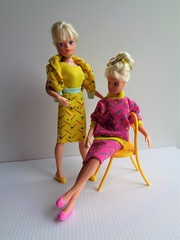 Pencil Skirt 1987 (CooperSky) Tags: city girl sindy fashion mixers 1987 pencil skirt mix 1 baggy jumper 2 yellow top