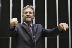 Deputado Pedro Uczai (PT-PR) (PTnaCâmara) Tags: pt câmaradosdeputados pedro uczai paraná tribuna pleanário câmara dos deputados