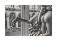 Paris n°203 (Nico Geerlings) Tags: louvre musee museum sculpture ruederivoli richelieu art muséedulouvre ngimages nicogeerlings nicogeerlingsphotography leicammonochrom 50mm summilux paris france