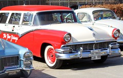 An dem Auto hing der Zettel (♥ ♥ ♥ flickrsprotte♥ ♥ ♥) Tags: oldtimer auto 1956 ford station wagon country sedan