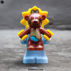 Boo! 👻 (Kamteey) Tags: lego minifig minifigure toy toys photography building indonesia jakarta ipad apple bear doll scary simpsons thesimpsons maggie