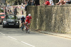 165  Maximilian Stedman and 107  Stéphane Rossetto (Steve Dawson.) Tags: tourdeyorkshire mens cycle race bikes uci tdy breakaway 165 maximilianstedman 107 stéphanerossetto cofidis stage4 halifaxtoleeds hill skipton yorkshire england uk canoneos50d canon eos 50d ef28135mmf3556isusm ef28135mm f3556 is usm 6th may 2018