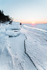 Ice (Jennikovalainen) Tags: winter finland discoverfinland landscape lights canonphotography canon chasinglight cold porkkalanniemi porkkala