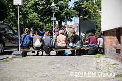 Hausbesetzung: Bornsdorfer Straße 37b (Borni) in Neukölln – Berlin – 20.05.2018 - IMG_3722 (PM Cheung) Tags: hausbesetzung borni neukölln besetzenberlin besetzen 20052018 gentrifizierung polizei nordneukölln bornsdorferstrase37b wohnungsbauunternehmenstadtundland stadtundland ingomalter stadtentwicklungssenatorinkatrinlompscher finanzsenatormatthiaskollatzahnen solidaritätsdemonstration deutschewohnen degewo berlin demonstration mieterprotest lärmdemo reichenbergerstrase114 kreuzberg steigendemieten verdrängung protest protestfotografie zwangsräumungstoppen pomengcheung bezahlbaremiete vertreibung wohnungspolitik mengcheungpo facebookcompmcheungphotography m99 friedel54 mieterhöhungen odeneckestubenfinowstrase eckefinow peter16 arndt13 funkwerk bootsschuppen kms145 reiche114 berlinerlinie räumung hausräumung karnevalderbesetzungen
