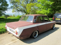 1966  4 door Mk I Ford Cortina .. ' Street Rod ' (John(cardwellpix)) Tags: sunday 6th may 2018 1966 4 door mk i ford cortina street rod newlands corner guildford surrey uk 3467