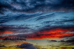 taranto tramonto (eumag) Tags: tarantobynight taranto allaperto azzurro blu blue colori clouds colors cielo cloud d3100 dark estate hdr italia italy ioniansea luce light mare mediterraneansea marjonio nikon nikond3100 nuvole nubi natura outdoor puglia panorama sky quadro