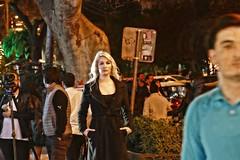 Nightshot (JB Fotofan) Tags: surreal leute menschen poeple nacht night nachtaufnahme nightshot lumixfz1000 streetfoto streetphotography