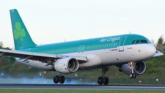 EI-DEH (AnDyMHoLdEn) Tags: aerlingus a320 egcc airport manchester manchesterairport 05r