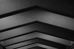 Montréal's Metro Station 33/68 - Jean Talon - Ligne Orange (VdlMrc) Tags: montréal metro subway architecture minimaliste minimalism monochrome blackandwhite noiretblanc géométrie geometry québec canada station stm