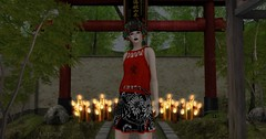 Entrance no.248 (Curiosse) Tags: skirt top red black white floral stamps asian kanji rojo negro blanco estampados florales asiatico luxeparis 2018