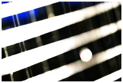 071 of 365 - Out of focus (Weils Piuk) Tags: photoblog365 abstract lines circle minimalist geometric out focus blur blurred contrast blue white black reticule grid rule thirds bass clarinet