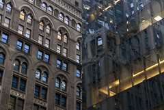 Trip to NYC - October 2017 (db | photographer) Tags: 2017 5thavenue adobelightroom57 amerique ameriquedunord architecture batiment batiments bottura botturadamien building buildings city contrast contraste d80 damienbottura discovertheworld etatsunis etatsunisdamerique exploretheworld fenetres financialdistrict flickrtravelaward gratteciel immeuble immeubles manhattan newyork newyorkcity nikond80 northamerica ny nyc october2017 octobre2017 oldbuilding oldvsnew street streetphoto streetphotography streetshot tamron1750mm tamronspaf1750mmf28xrdi town travel traveltoamerica traveltonewyork traveltonyc triptonewyork triptonewyorkcity triptony triptonyc unitedstates unitedstatesofamerica verre vieuxbatiment ville vitre voyage voyageanewyork