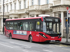 Transport for London Abellio 8851 (TheTransitCamera) Tags: london england uk unitedkingdom urban kensington bus transport transit transportation travel alexanderdennis enviro200mmc routec10 abellio8851 tfl8851 tfl transportforlondon