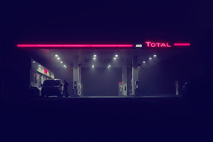 Big Oil (Tom Rop 2) Tags: auto automobile essene belgique belgium neon red rue rx100 route rouge total street sony service city light liège luik lumière lampe luttich black bleu blue cyberpunk highway creativity urbain urban nuit purple fuel future night ville cité noir parking magasin phare vaporwave car creative créativité voiture mauve boutique brouillard fog