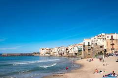 Lungomare (Stauromel) Tags: cafalú sicilia italia playa lungomare stauromel skyline street alquimiadigital fuji fujixt2 mediterraneo turismo olas azul arena sol