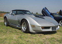 ETH 532V  1980  Chevrolet Corvette StingRay (wheelsnwings2007/Mike) Tags: eth 532v 1980 chevrolet corvette stingray aac meeting barton airfield