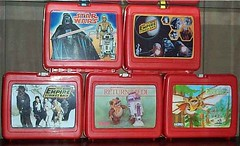 Star Wars Red Plastic Lunch Boxes (Darth Ray) Tags: king seeley thermos red plastic lunch boxes kingseeley redplastic lunchboxes star wars vader droids starwars empirestrikesback xwing with small montage empire strikes back chewie han leia luke hothicecave hoth ice cave returnofthejedi cartoon art wicket r2 return jedi ewoks flying