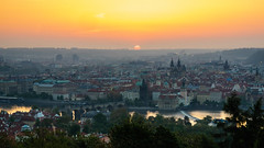 Good morning Praque - Guten Morgen Prag (ralfkai41) Tags: architektur sunrise sonne dawn city tschechischerepubilk moldau gebäude flus morning dämmerung morgenrot river czechrepublic prag sonnenaufgang architecture sun stadt praque building