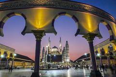 Saat Mahgrib di Masjid Agung Jawa Tengah (hastuwi) Tags: muslim mosque ramadhan sunset jawatengah centraljava semarang